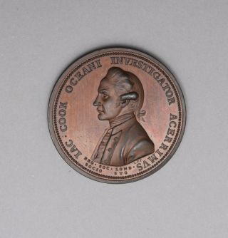 The Royal Society Medal, in commemoration of Captain Cook. Obverse: Uniformed bust of James Cook. Reverse: Fortune leaning upon a column, holding a rudder on a globe. COOK: COMMEMORATIVE, Lewis PINGO.