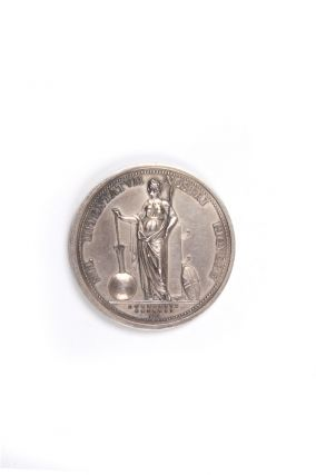 The Royal Society Medal, in commemoration of Captain Cook. Silver issue. Obverse: Uniformed bust of James Cook. Reverse: Fortune leaning upon a column, holding a rudder on a globe.